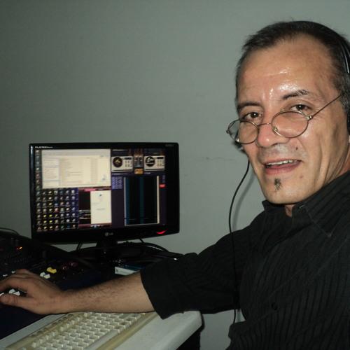 OscarAlbertoReyCardamone's avatar