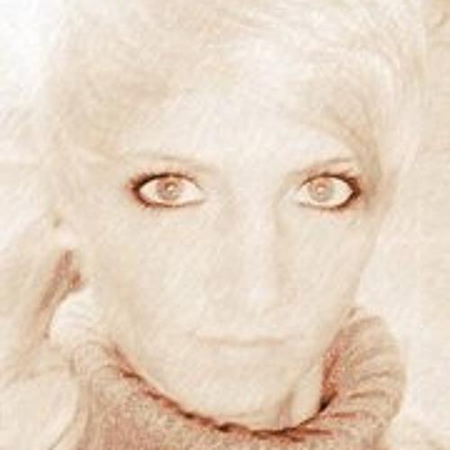 Dann Cy's avatar