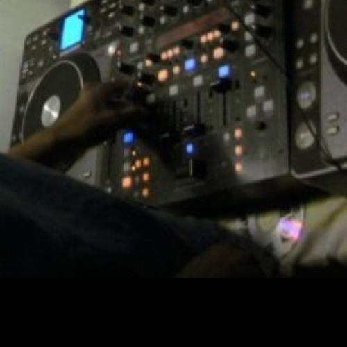 Deejay Danse's avatar