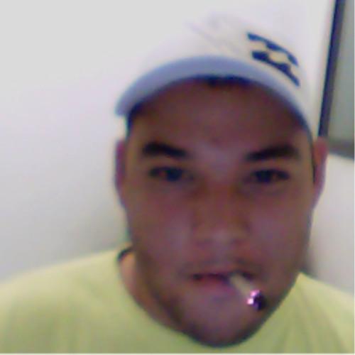 Thg Moreira's avatar