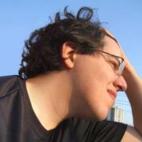 Eduardo Louzada's avatar