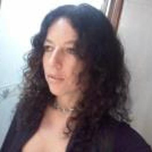 Renata Fontes Freire's avatar