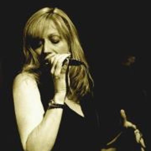Donna Deussen's avatar