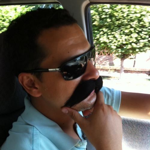 javier navarro's avatar
