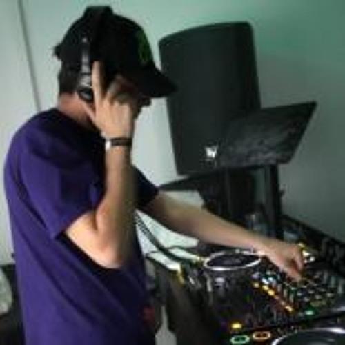 Vipy-D.'s avatar