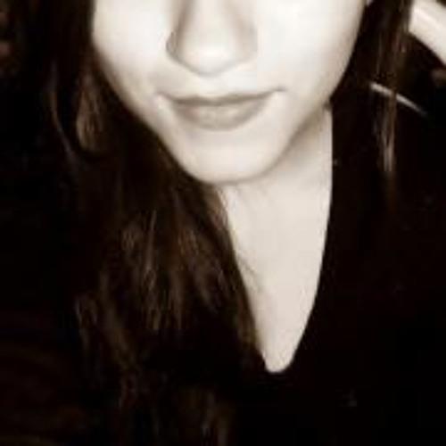 Karol Mora's avatar