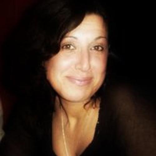 Mari Za's avatar