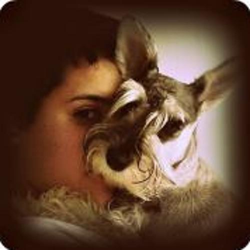 Bruna Mundim's avatar