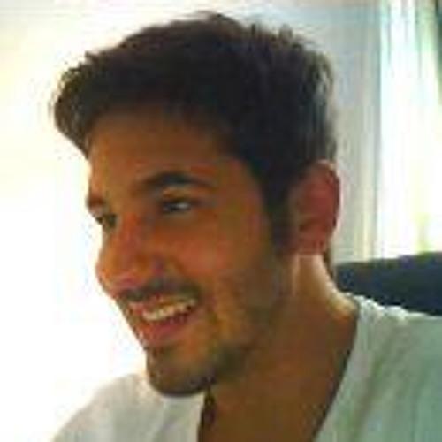 victor vilela's avatar