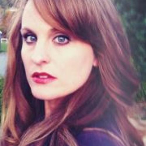 Leah Edwards England's avatar