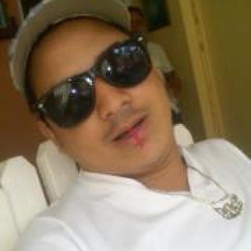 Agustin Molina's avatar