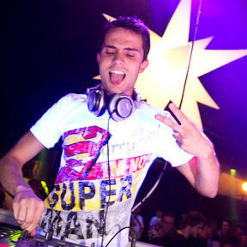 DJ Jakov's avatar