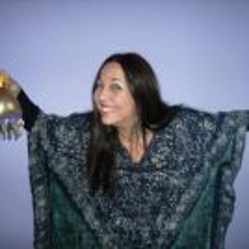Nana Toledo's avatar