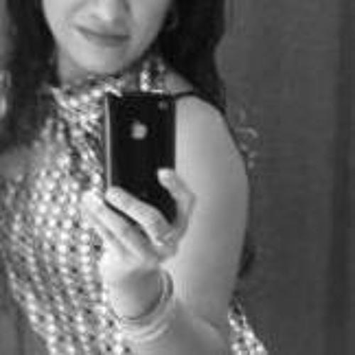 Rosalina Lazo's avatar