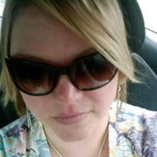 Ann Martin Miller's avatar