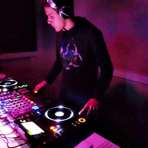 DJ Cruz (EHD Behavior)'s avatar