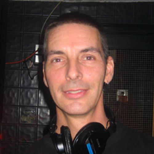 deejay mika's avatar