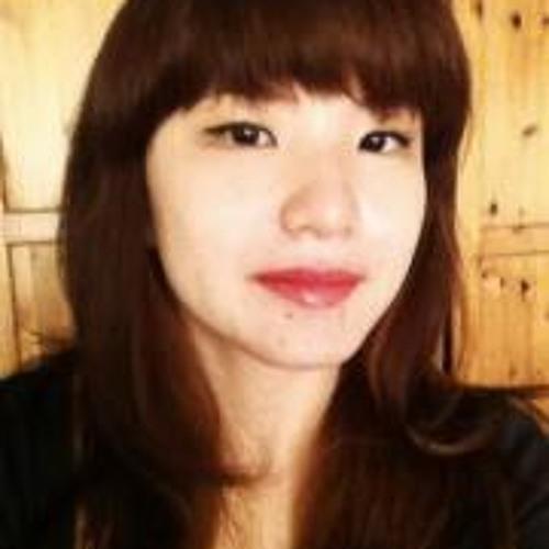 Sarah Chan 1's avatar