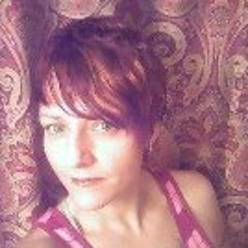 Lorna Magwire's avatar