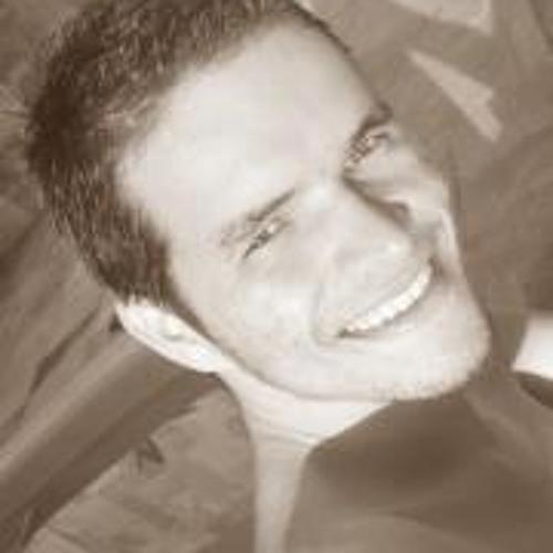 Júlio Guimarães's avatar