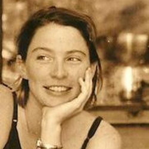 Emily Limón's avatar