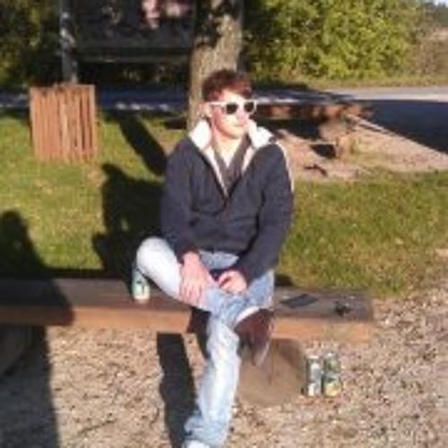 Sebastian Sebbo N's avatar
