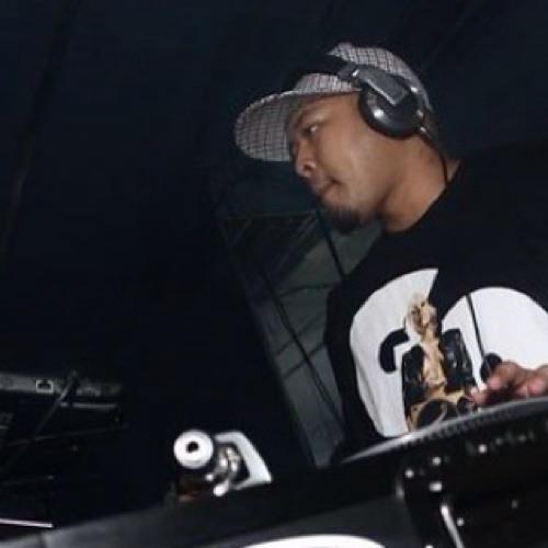 DJ Xcape's avatar