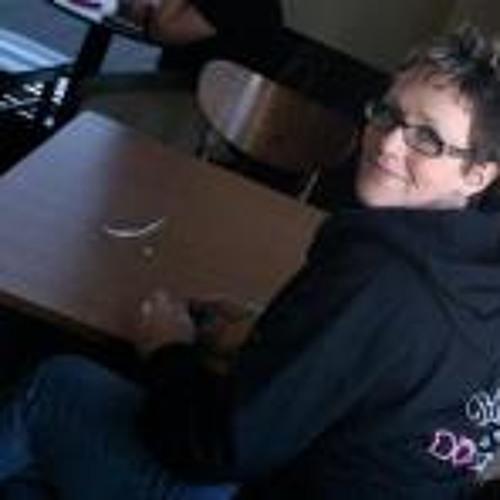 Beth Ism's avatar