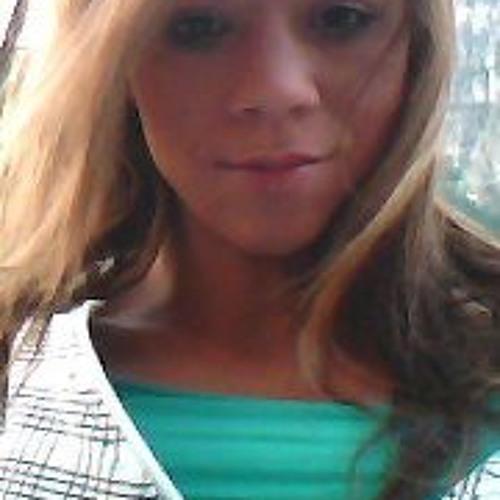 Sarah Marie 5's avatar