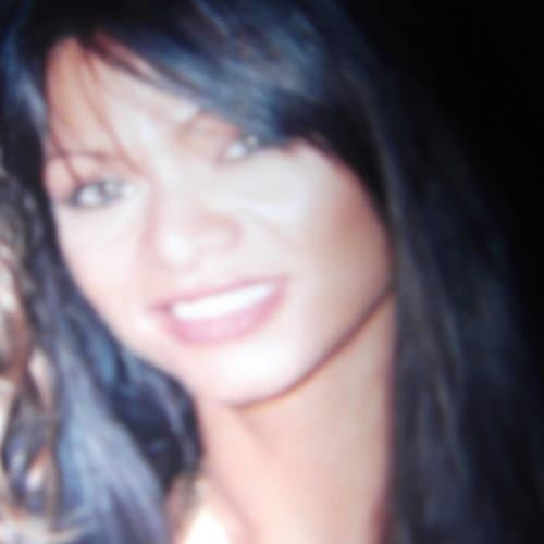 Dinah  Ruiz's avatar