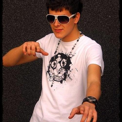 Reazzber's avatar