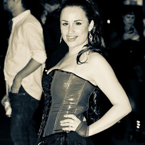 Victoria Harlequin's avatar