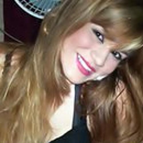 Karyne Pessan's avatar