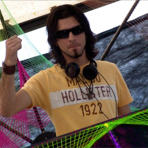 Gustavo Tomasi | DJ Set's avatar