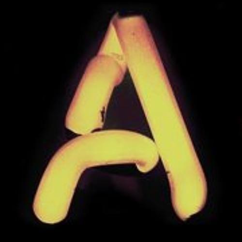 Aroommodel's avatar