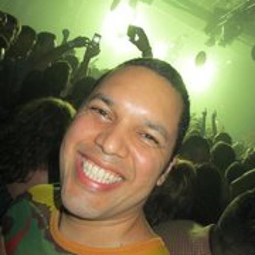 Leonardo Cabrera's avatar