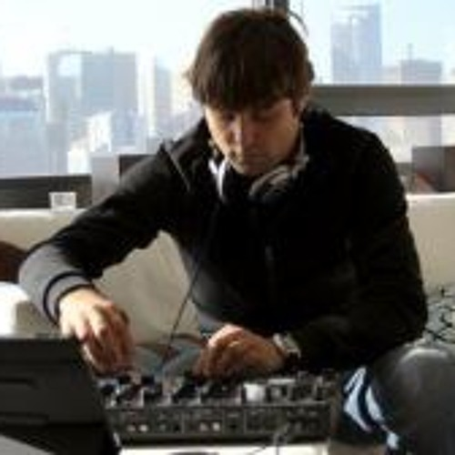 Mik Lisiecki's avatar