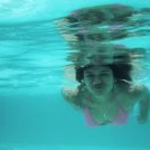 Louise Castillo's avatar