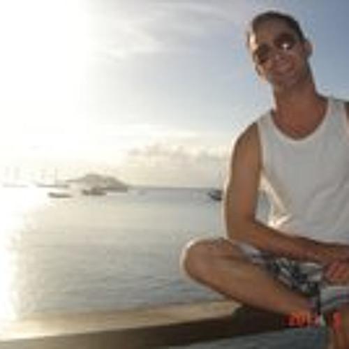 Daniel Queijo's avatar
