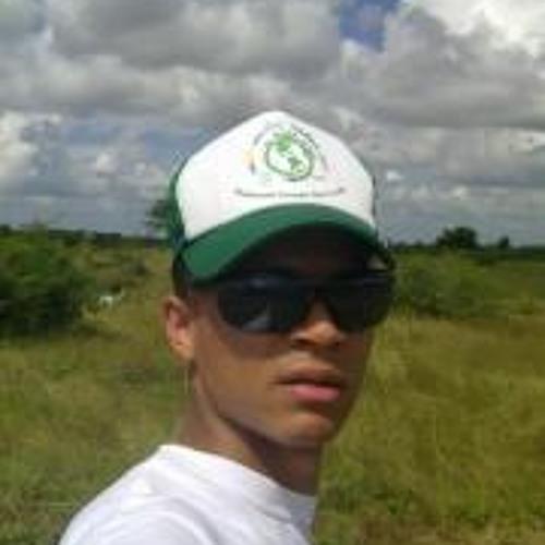 Alvaro Hilario's avatar