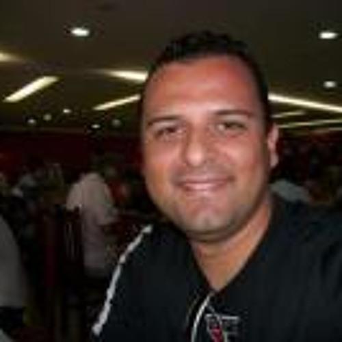 Victor Ferreira 3's avatar