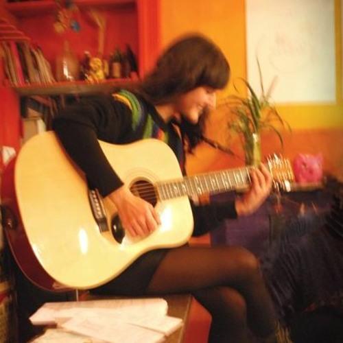 Lucila Dominguez's avatar
