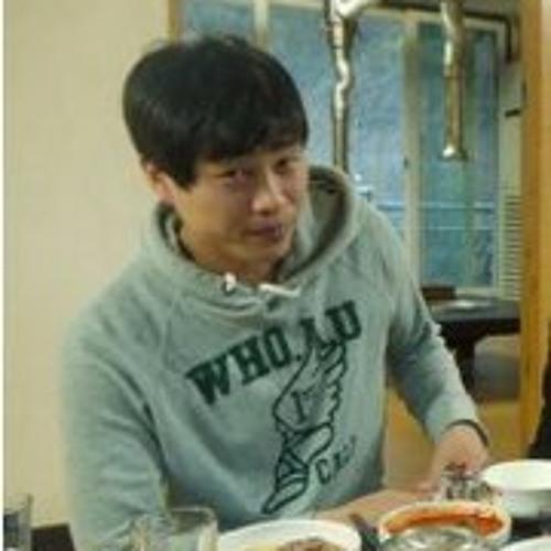 Byung Eun Park's avatar
