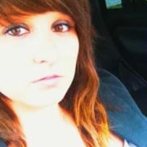 Laura Perret's avatar