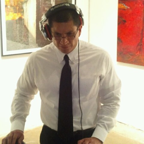 DJ Enrique Salinas's avatar