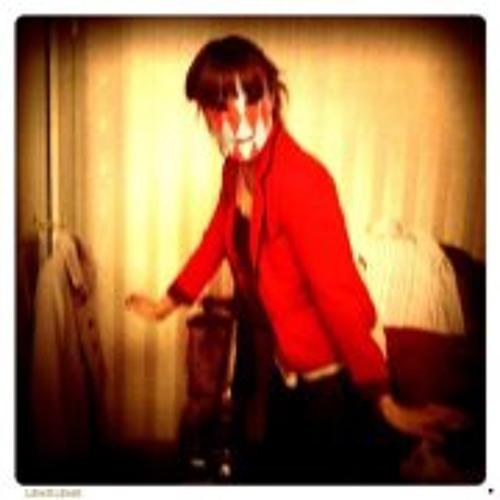 Holly Wood 5's avatar