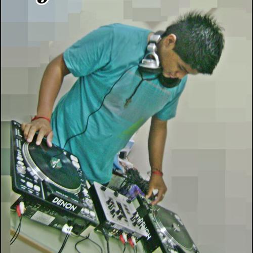DjZhinitho's avatar