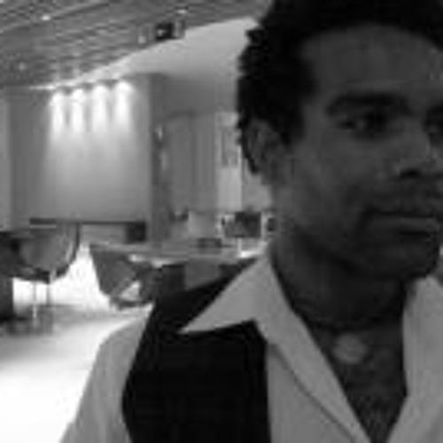 Cesar Magalhaes's avatar