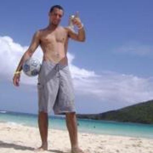 Hector E. Ortiz Cardona's avatar
