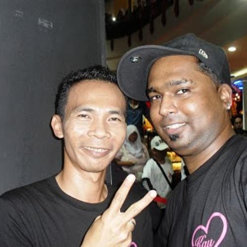 DJ 6-pack's avatar
